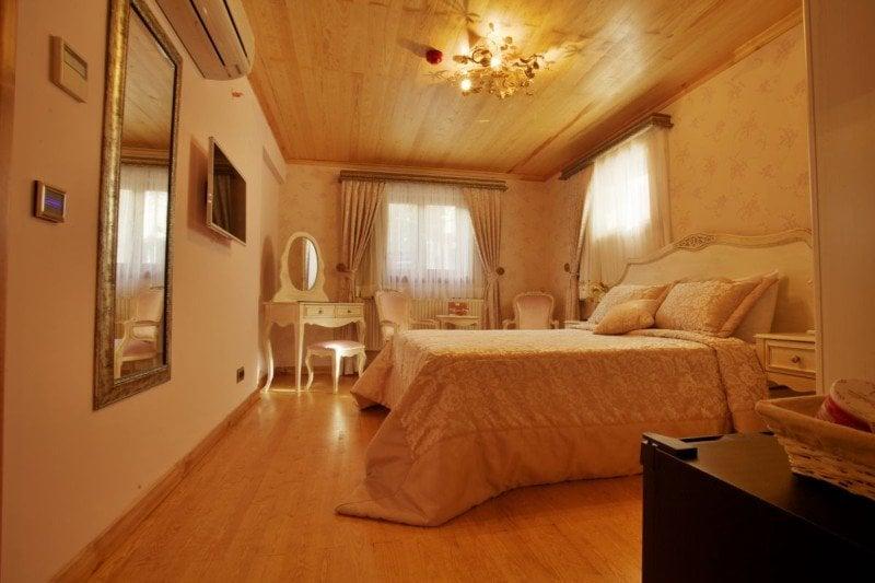 Superior Room (101)