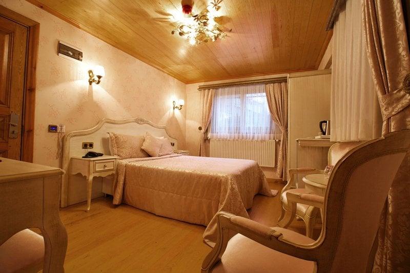 Superior Room (102)